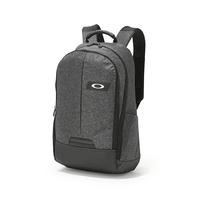 OAKLEY ESSENTIAL BACKPACK M 日本限定 實用後背包 減壓背帶 版型硬挺