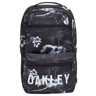 OAKLEY ESSENTIAL DAY PACK 5.0 日本限定版