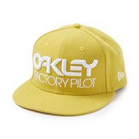 OAKLEY ACTORY PILOT NOVELTY SNAP-BACK HAT IN CITRUS