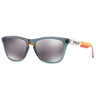 OAKLEY FROGSKINS™ GRIPS COLLECTION (ASIA FIT) PRIZM 色控制科技